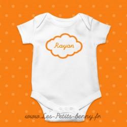 Body bébé personnalisé avec prénom nuage en Orange