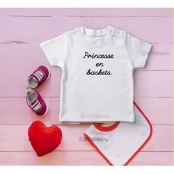 T-shirt enfant Mademoiselle en baskets